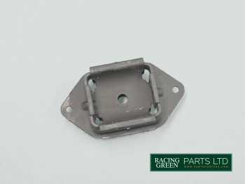 TVR 025F 002A - Gearbox mount